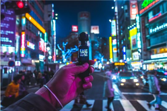 Photographie d'une Action Cam par Koukichi Takahashi on Unsplash
