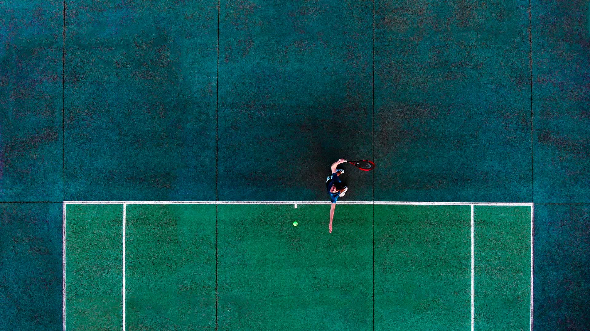 Photograph of a tennis player