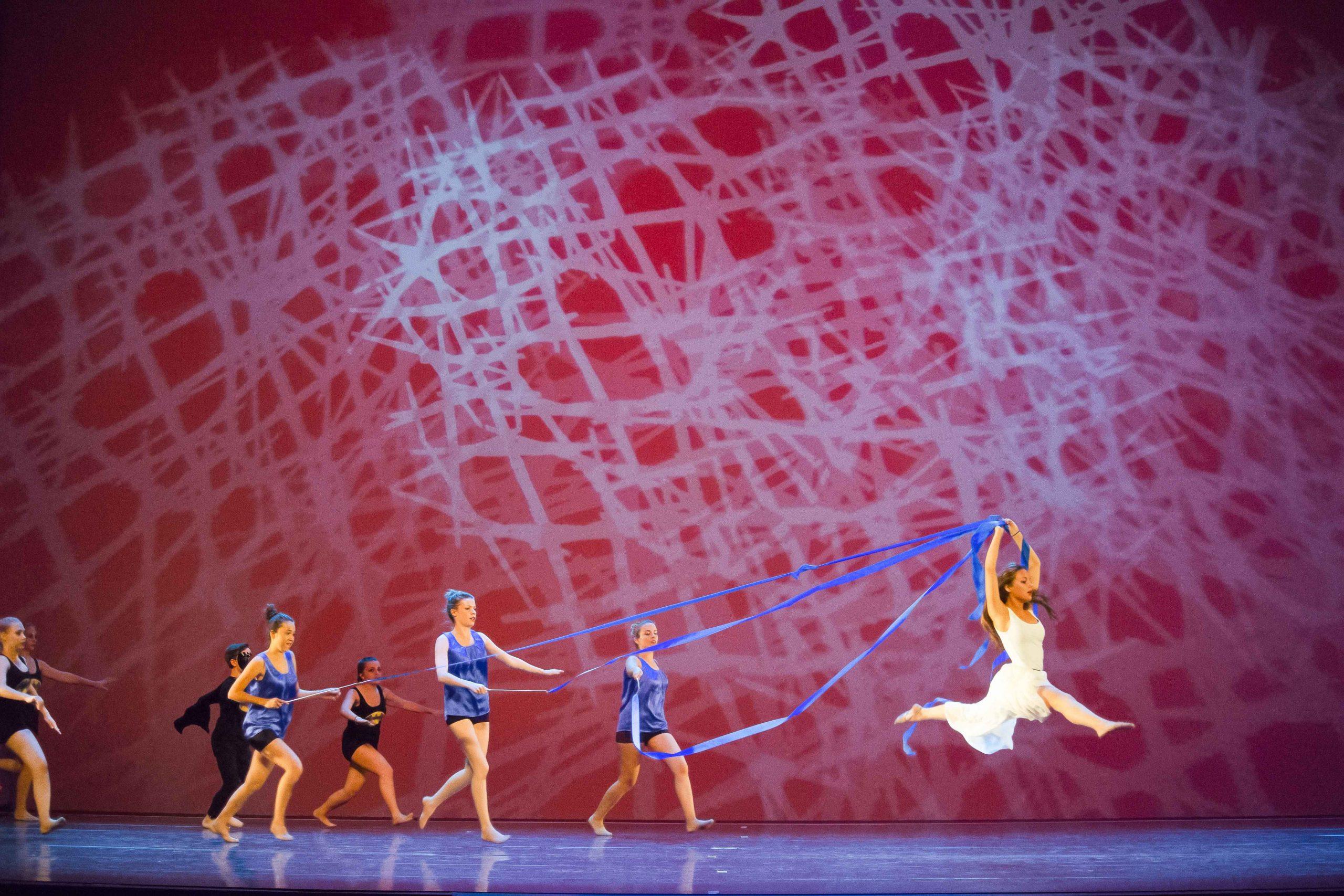 Foto von Tänzern, bearbeitet mit HDRinstant